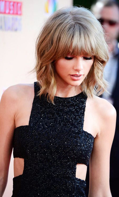 Taylor Swift Short Bob Bangs Wavy Medium Cute