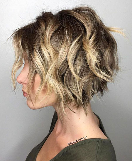 Choppy Blonde Bob Wavy