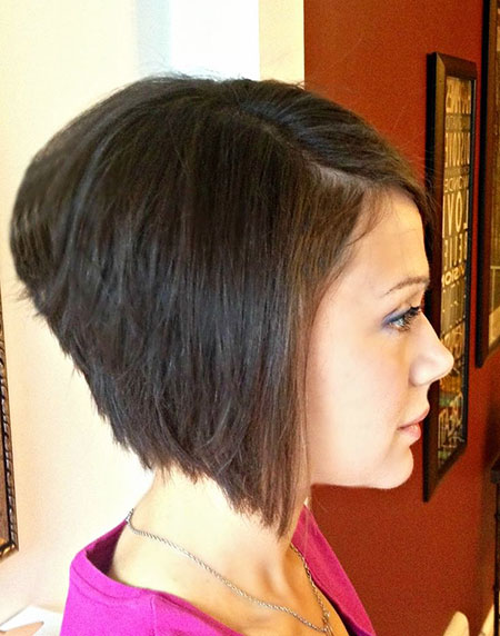 Bob Stacked Layered Brunette