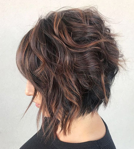 Wavy Length Choppy Bob