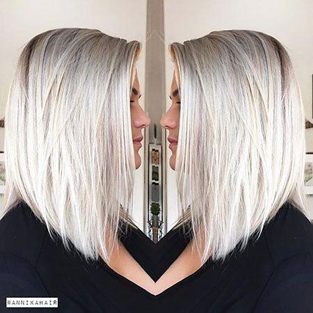 Blondes glattes Haar Platin
