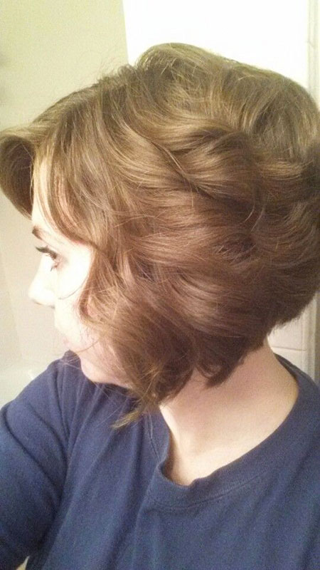 Loose Curly Style, Bob Hair Rollsup Tousled