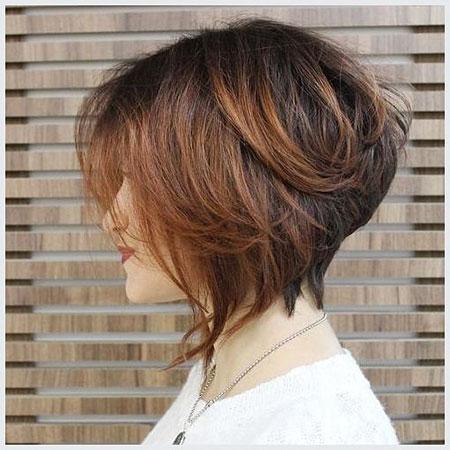 Bob Stacked Hair Choppy