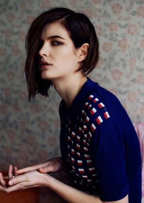 Asymmetrical Bob Hairstyle for Girls