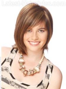 Chic Asymmetrical Medium Haircut