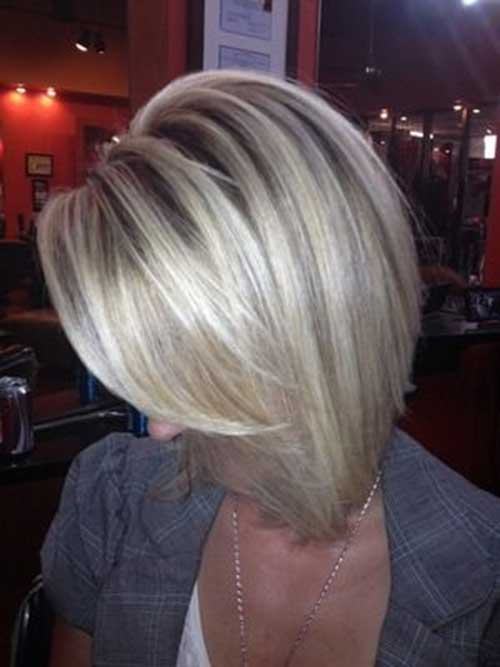 Best Blonde Bobs with Lowlights