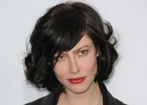 Curly Bob Hairstyles with Bangs
