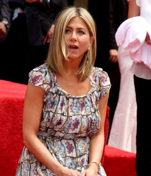 Jennifer Aniston Long Bob for Thin Hairstyles