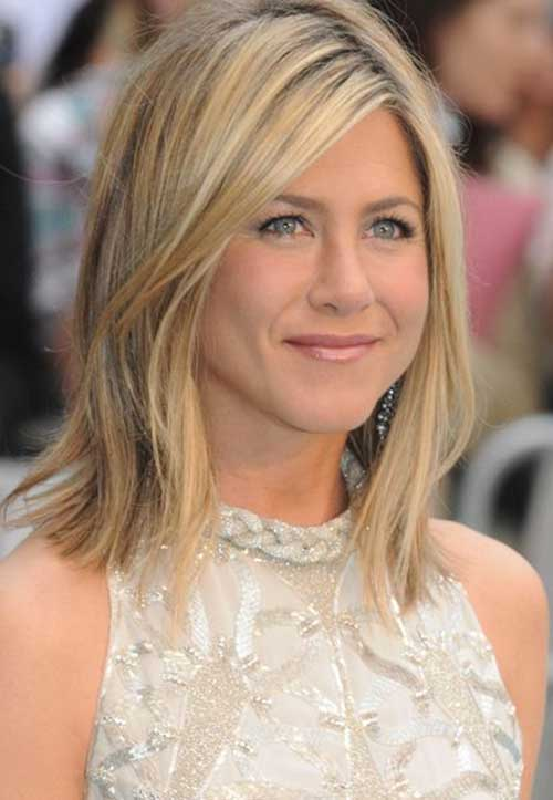 Jennifer Aniston Stylish Long Bob