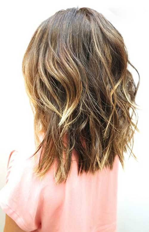 Beachy Waves Medium Length Bob Hair