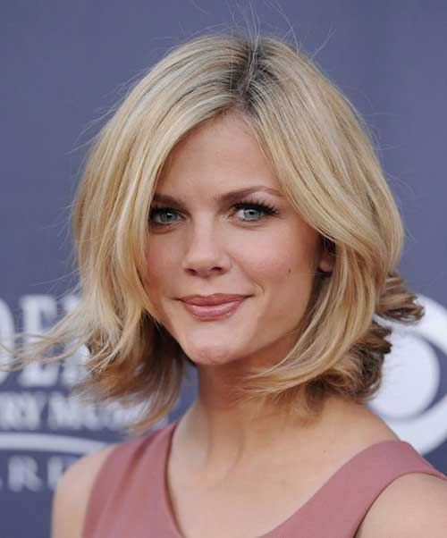 Brooklyn Decker Chops Hair