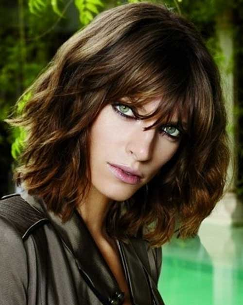 Messy And Wavy Bob Hairstyle with Bangs