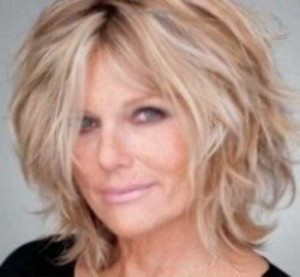 Short Shaggy Hairstyles for Older Women