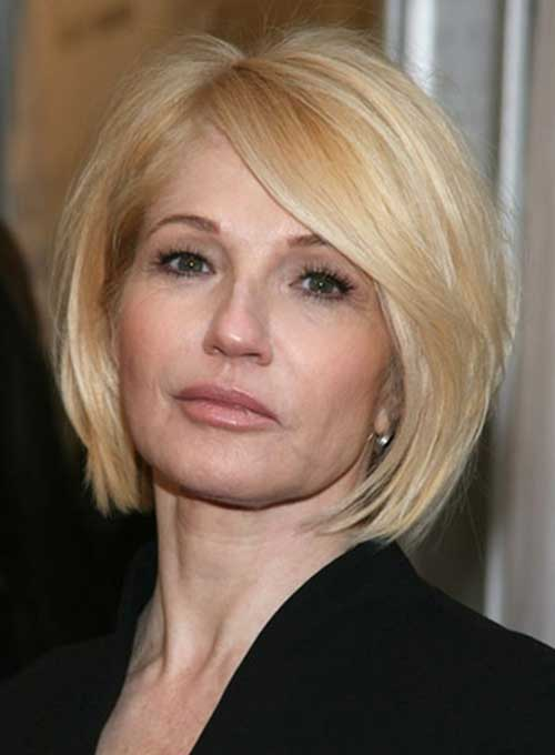 Blonde Layered Bob Cut Hairstyle Pictures