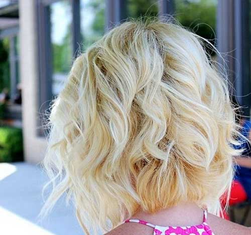 Bobs with Wavy Blonde Hair Back View