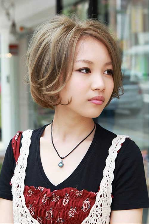 Japanese Light Brown Bob Hairstyle