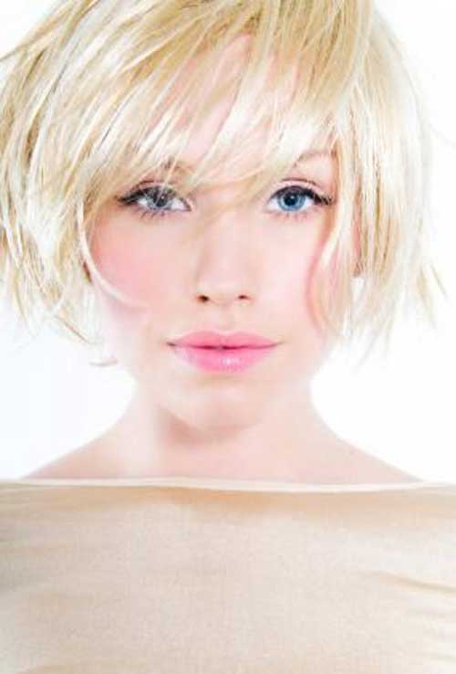 Short Blonde Bob Haircuts Cut for Round Face