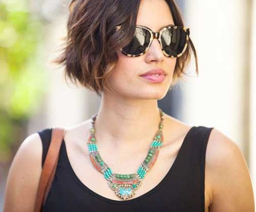 Short Bob Cut Hairstyle Pictures