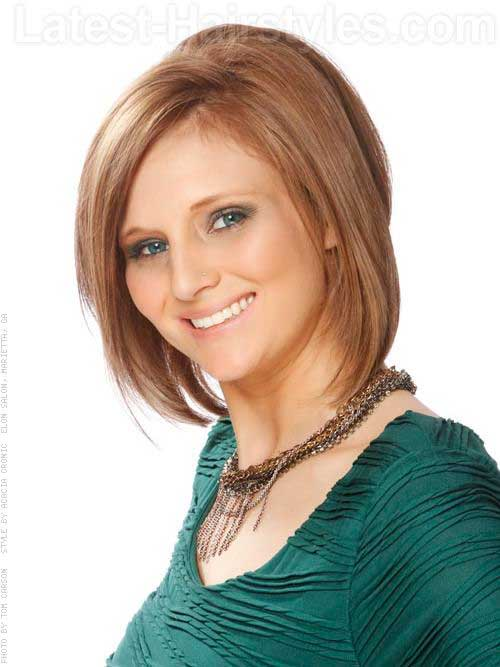 Casual Straight Bob Haircuts for Oval Faces