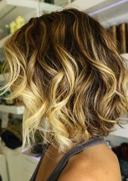 Wavy Curly Bob Cut Hairstyle Pictures