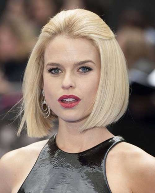 Straight Trendy Bob Hairstyles