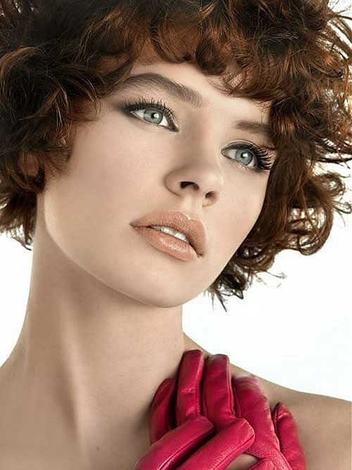 Bob Haircuts for Round Faces-12