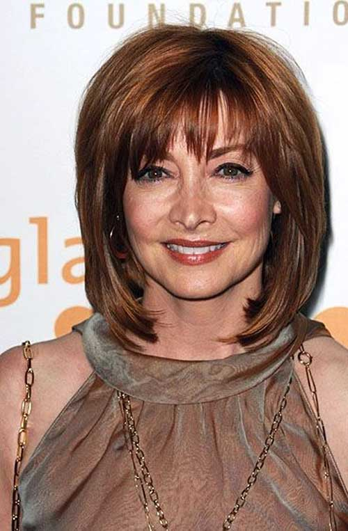 Chic Bob Haircuts with Bangs for Older Ladies