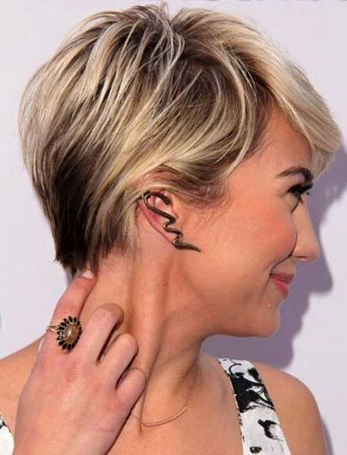 Casual Blonde Pixie Cut Bob