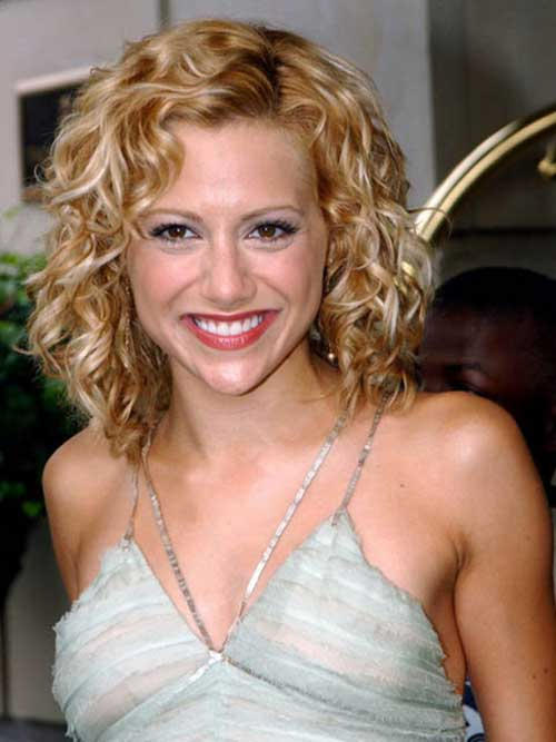 Cute Curly Blonde Bob Hairstyles