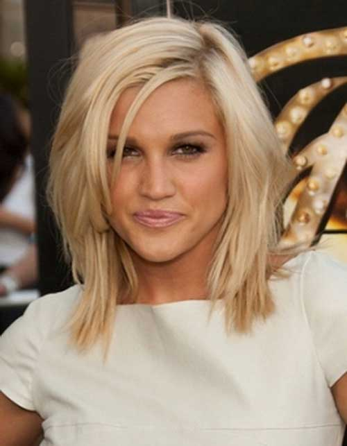 Layered Blonde Bob with Side Bangs