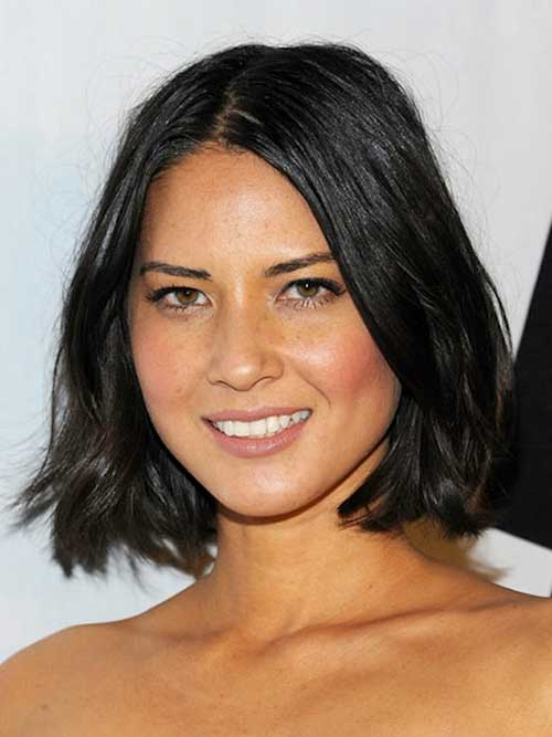 Layered Straight Bob For Round Faces