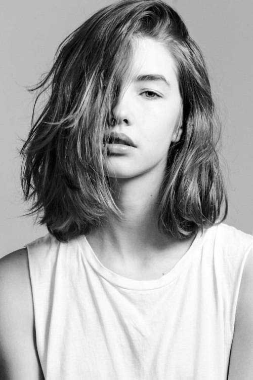 Messy Wavy Medium Length Bob Haircuts