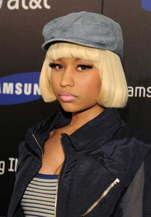 Nicki Minaj Cute Blonde Bob