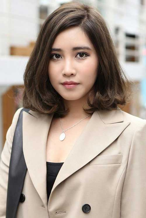 Office Style Medium Length Bob Haircuts