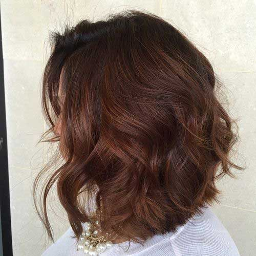 Bob Haircuts for Wavy Hair-10