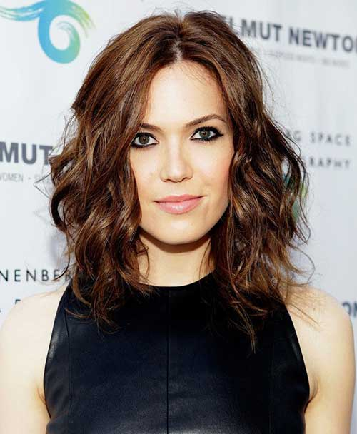 Bob Haircuts for Wavy Hair-11