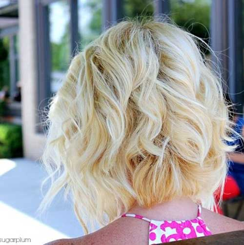Bob Haircuts for Wavy Hair-14