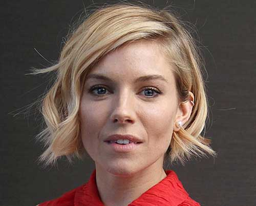 Bob Haircuts for Wavy Hair-6