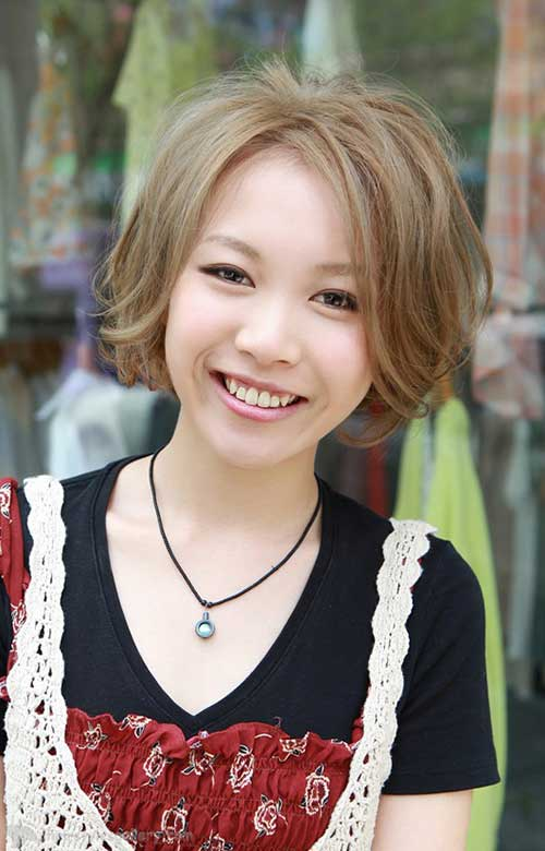 Japanese Blonde Bob Hairstyle