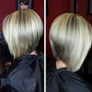 Graduated Ash Blonde Bob Hairdo