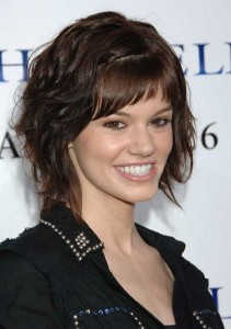 Layered Bob Cut for Thick Wavy Hairstyles
