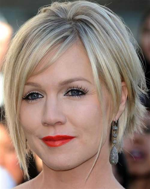 Layered Blonde Bob Hairstyles for Round Faces