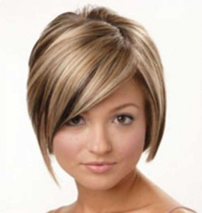 Cool Layered Bob for Round Face