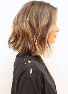 Medium Wavy Bob Hair Color Ideas