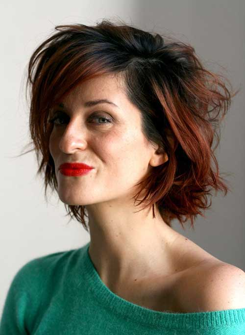 Messy Bob Hairstyles for Women Over 40