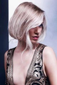 Short Platinum Blonde Bob Hairstyles