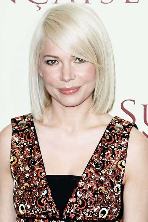 Short Bob Hairstyles with Side Swept Bangs-17