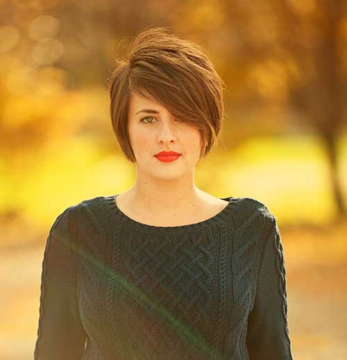 Short Stacked Bob Cuts-6