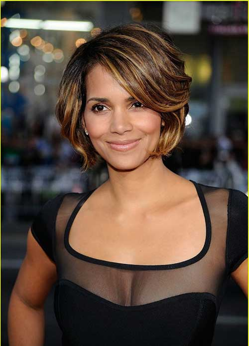 Halle Berry Layered Bob Cut