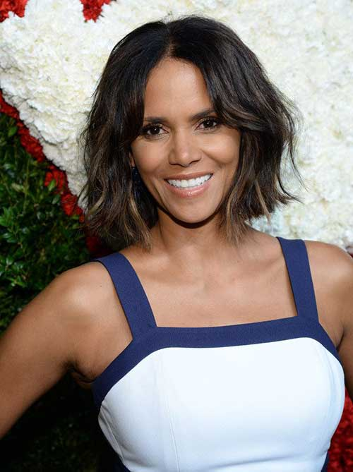 Halle Berry Wavy Bob Hairstyles